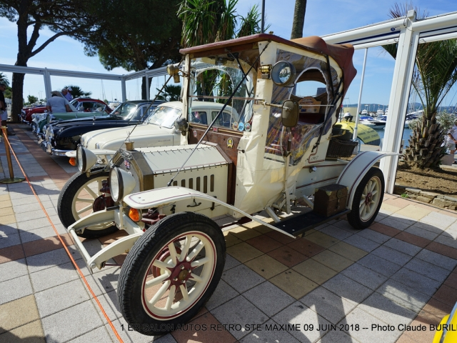 Photographe Claude Burillon : 1 er SALON AUTO RETRO STE MAXIME 09 JUIN 2018
